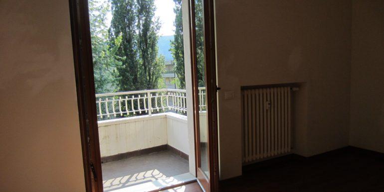 Appartamento Como con terrazzo (16)