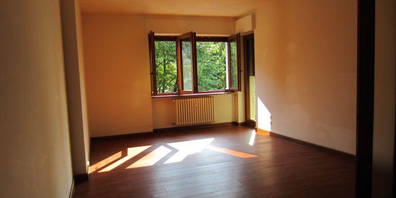 Appartamento Como con terrazzo (19)