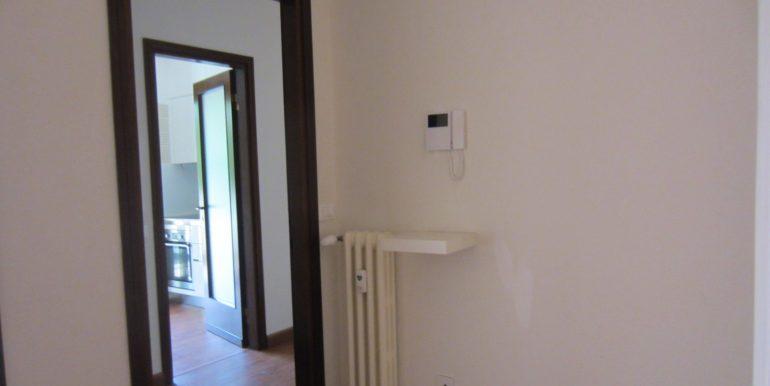 Appartamento Como con terrazzo (21)