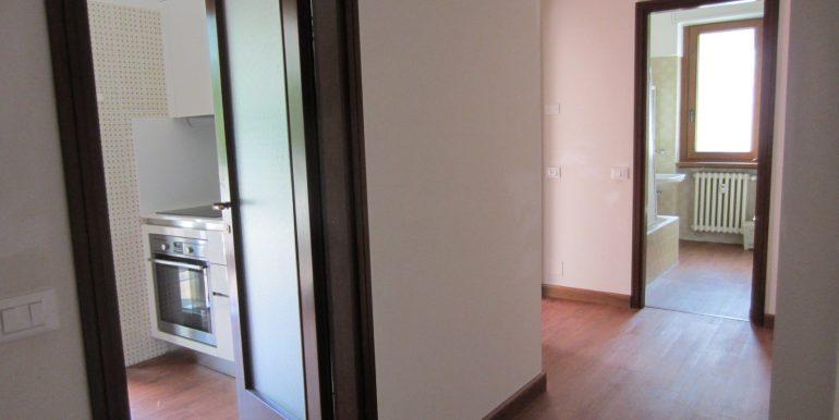 Appartamento Como con terrazzo (22)