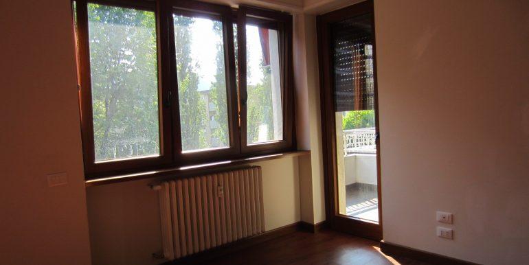 Appartamento Como con terrazzo (6)