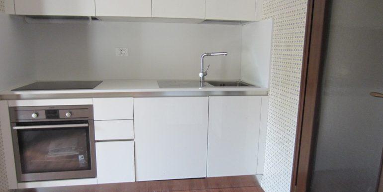 Appartamento Como con terrazzo (9)