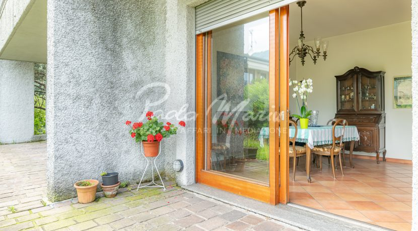 Villa bifamiliare con giardino Como (101)