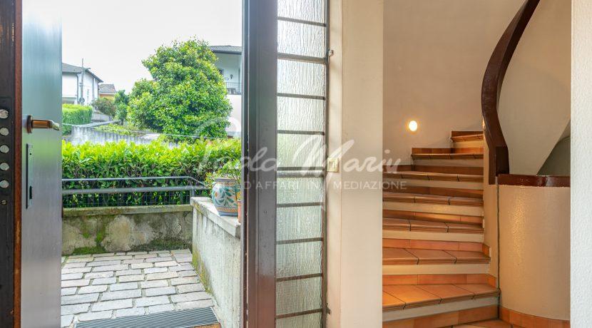 Villa bifamiliare con giardino Como (110)