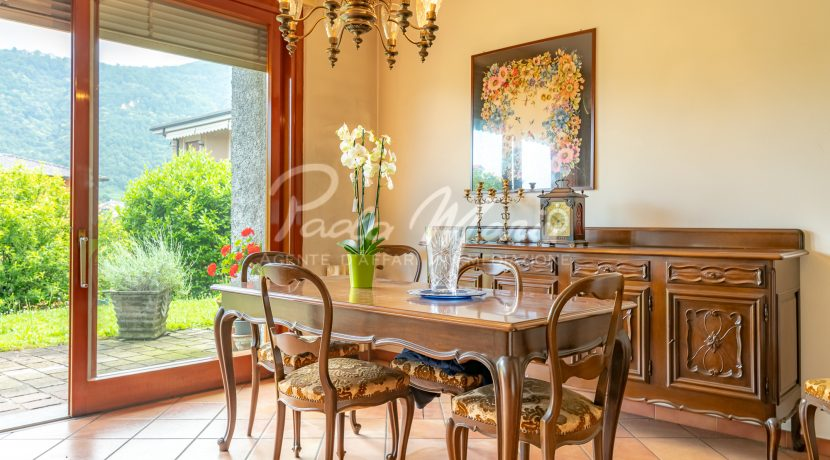 Villa bifamiliare con giardino Como (116)
