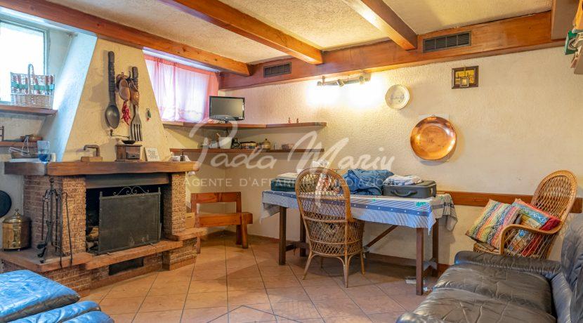 Villa bifamiliare con giardino Como (141)