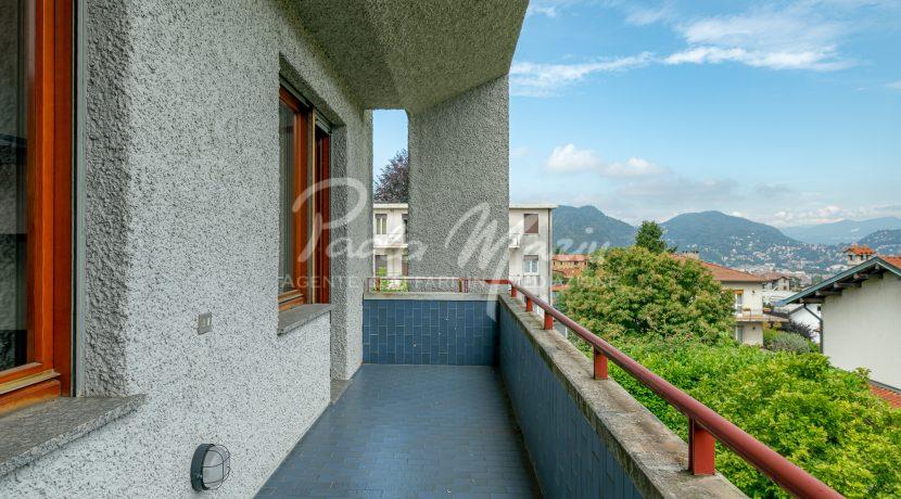 Villa bifamiliare con giardino Como (143)
