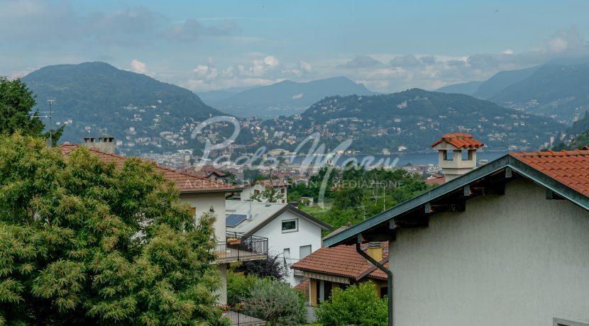 Villa bifamiliare con giardino Como (145)