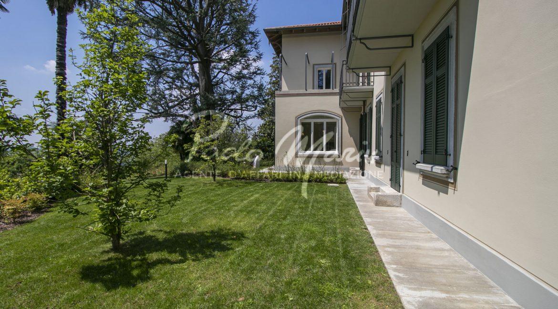Esterni villa Capiago Como (11)